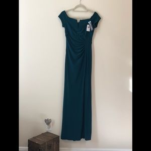 Long evening dress, simple but slimming and classy